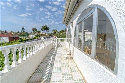 3231-mediterranean-style-villa-in-los-balcone
