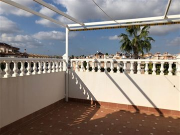 16330-for-sale-in-playa-flamenca-1462185-larg