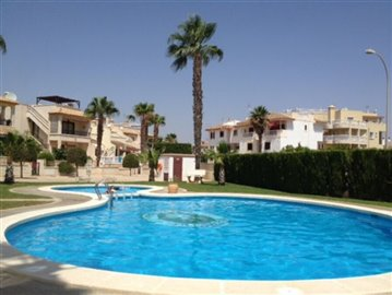 16330-for-sale-in-playa-flamenca-1462181-larg