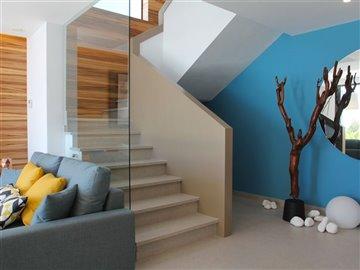 246120-luxurious-newly-built-modern-villa-wit