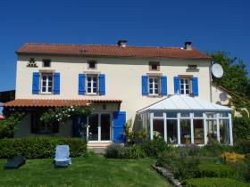 Cordes-sur-Ciel, Country Property