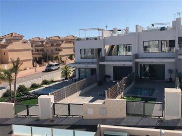 property-for-sale-in-villamartin-12-1