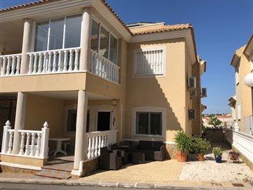 property-for-sale-in-villamartin-2