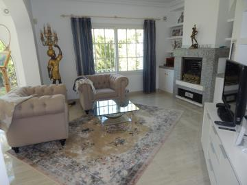 Property-for-sale-in-Cabo-Roig--11-