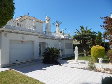 Property-for-sale-in-Cabo-Roig--57-
