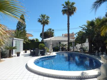 Property-for-sale-in-Cabo-Roig--63-