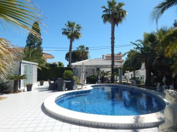 Property-for-sale-in-Cabo-Roig--64-