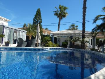 Property-for-sale-in-Cabo-Roig--66-
