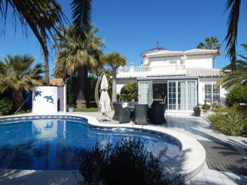 Property-for-sale-in-Cabo-Roig--68-