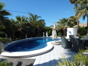 Property-for-sale-in-Cabo-Roig--70-