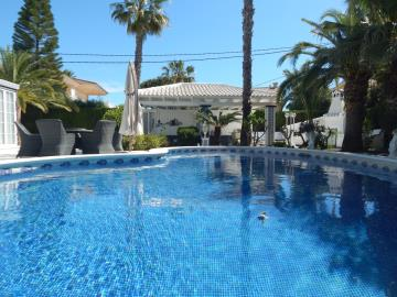 Property-for-sale-in-Cabo-Roig--67-