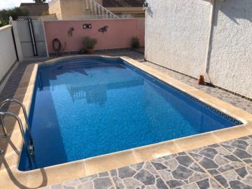 Villa-for-sale-in-San-Miguel-De-Salinas--3-