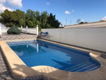 Villa-for-sale-in-San-Miguel-De-Salinas--5-