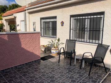 Villa-for-sale-in-San-Miguel-De-Salinas--6-
