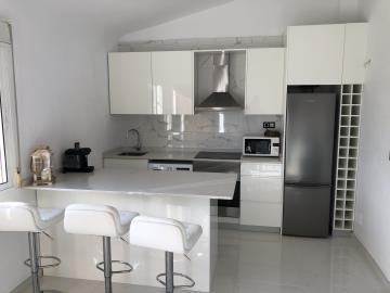 Property-for-sale-in-Villamartin--28-