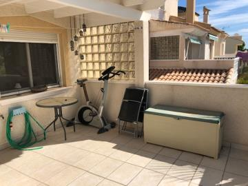 Property-for-sale-in-Villamartin-17