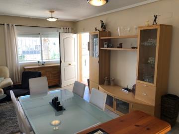Property-for-sale-in-Villamartin-19