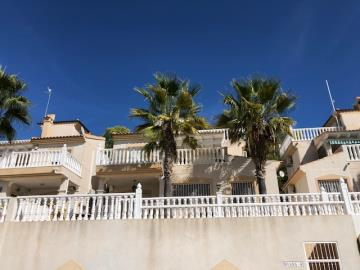 Property-for-sale-in-Villamartin-21