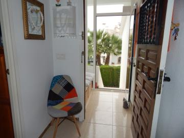 Property-for-sale-in-Villamartin-15