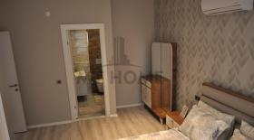 Image No.11-5 Bed Apartment for sale