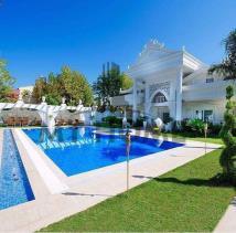 Kemer, Villa