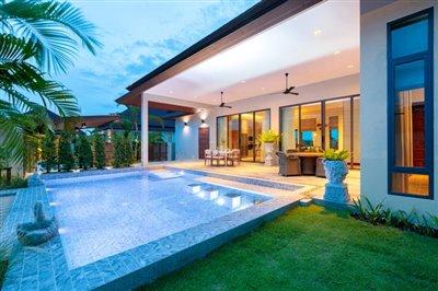 1 - Hin Lek Fai, Villa