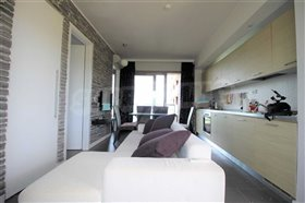 Image No.10-1 Bed Flat for sale