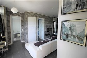 Image No.7-1 Bed Flat for sale