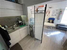 Image No.3-2 Bed Commercial for sale