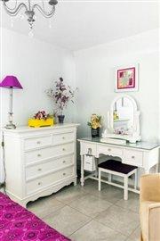 Guest-Bedroom-5-_-1600x2400