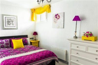 Guest-Bedroom-3-_-2150x1434