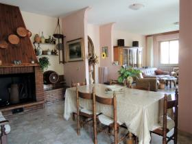 Image No.10-4 Bed Country House for sale