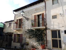Abbateggio, Villa / Detached