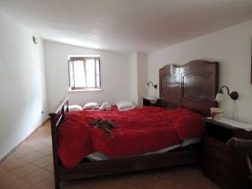 Image No.18-4 Bed Cottage for sale
