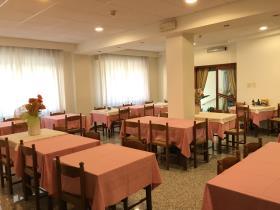 Image No.10-Un hôtel de 19 chambres à vendre à Caramanico Terme
