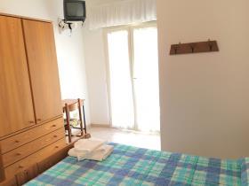 Image No.18-Un hôtel de 19 chambres à vendre à Caramanico Terme