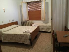 Image No.19-Un hôtel de 19 chambres à vendre à Caramanico Terme