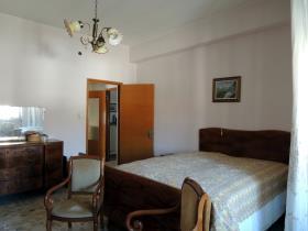 Image No.17-2 Bed Villa / Detached for sale