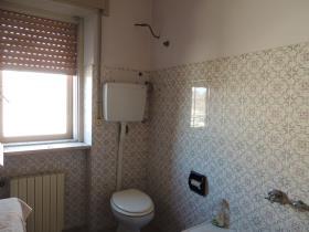 Image No.19-2 Bed Villa / Detached for sale