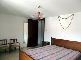 Image No.9-Chalet de 4 chambres à vendre à Caramanico Terme