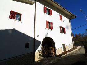 Image No.3-Maison de 3 chambres à vendre à Caramanico Terme