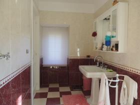 Image No.7-Maison de 3 chambres à vendre à Caramanico Terme
