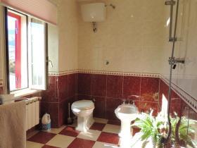 Image No.6-Maison de 3 chambres à vendre à Caramanico Terme