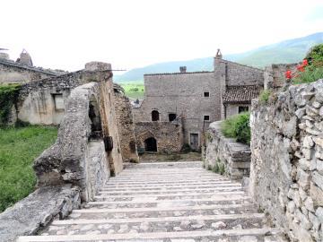 Navelli-Castle