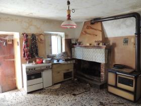 Image No.22-2 Bed Cottage for sale