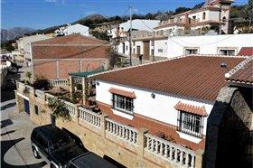 Image No.1-Villa de 5 chambres à vendre à Periana
