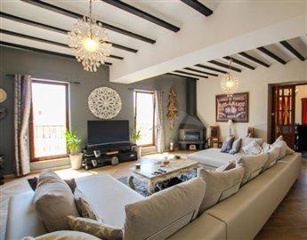 villasbuigues-propiedades5d398494ee20a-681x53