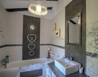 villasbuigues-propiedades5d3984925b054-681x53
