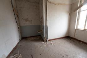 Image No.8-12 Bed Duplex for sale