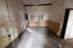 Image No.13-12 Bed Duplex for sale